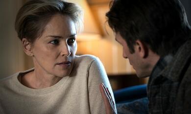 Mosaic, Mosaic - Staffel 1 mit Sharon Stone - Bild 1