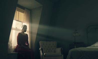 The Handmaid's Tale, The Handmaid's Tale Staffel 1 mit Elisabeth Moss - Bild 8