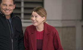 Grey's Anatomy - Die jungen Ärzte Staffel 14, Grey's Anatomy - Die jungen Ärzte - Staffel 14 Episode 7 mit Ellen Pompeo und Justin Chambers - Bild 42
