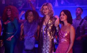 Katy Keene, Katy Keene - Staffel 1 mit Lucy Hale, Ashleigh Murray und Julia Chan - Bild 21