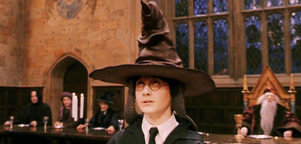 In Welches Hogwarts Haus Schickt Dich Der Sprechende Hut