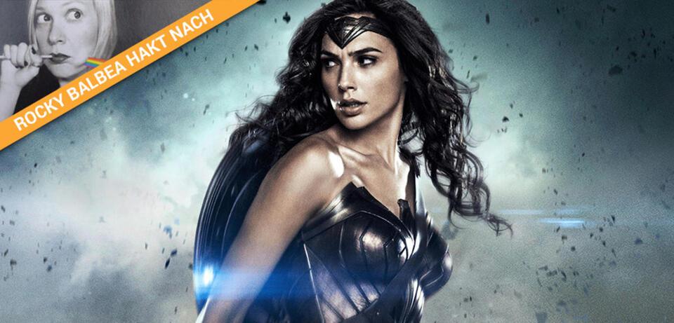Wonder Woman schaut kurz zurück