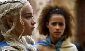 Game of Thrones mit Emilia Clarke und Nathalie Emmanuel - Bild 18