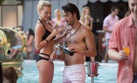 Focus mit Margot Robbie und Rodrigo Santoro - Bild 64