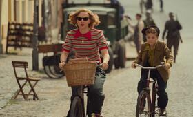 Jojo Rabbit mit Scarlett Johansson und Roman Griffin Davis - Bild 7