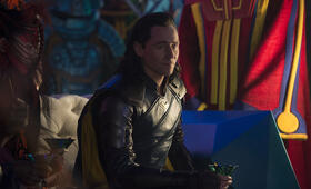 Thor 3: Ragnarok mit Tom Hiddleston - Bild 85