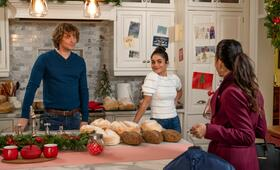 The Knight Before Christmas mit Vanessa Hudgens und Josh Whitehouse - Bild 12