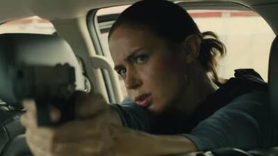 Emily Blunt schießt scharf