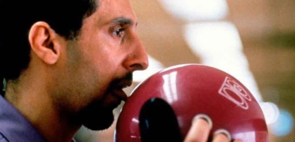 John Turturro in der legendären Bowlingkugel-Szene