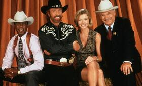 Walker, Texas Ranger, Walker, Texas Ranger Staffel 7, Walker, Texas Ranger Staffel 2, Walker, Texas Ranger Staffel 1, Walker, Texas Ranger Staffel 5, Walker, Texas Ranger Staffel 3, Walker, Texas Ranger Staffel 9 mit Chuck Norris - Bild 3