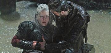 Vikings: Lagertha und Hvitserk