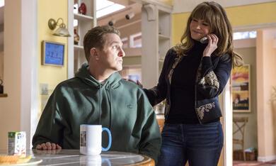 Atypical - Staffel 2 mit Jennifer Jason Leigh und Michael Rapaport - Bild 6