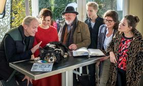 Und wer nimmt den Hund? mit Ulrich Tukur, Martina Gedeck und Giulia Goldammer - Bild 29
