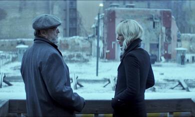 Atomic Blonde mit Charlize Theron und John Goodman - Bild 4