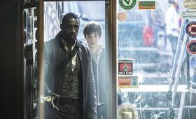 Der dunkle Turm mit Idris Elba und Tom Taylor - Bild 7