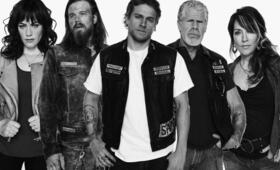 Sons of Anarchy mit Ron Perlman, Charlie Hunnam und Katey Sagal - Bild 116