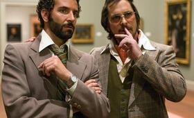 American Hustle mit Christian Bale und Bradley Cooper - Bild 12