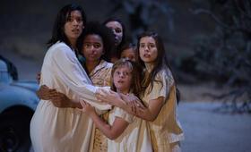 Annabelle 2 mit Stephanie Sigman, Tayler Buck, Philippa Coulthard, Lou Lou Safran, Grace Fulton und Lulu Wilson - Bild 1