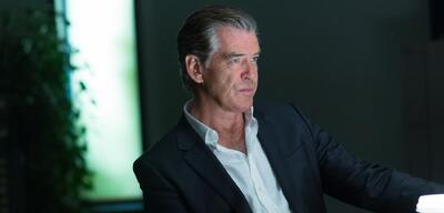 Pierce Brosnan in I.T.