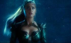Justice League mit Amber Heard - Bild 14