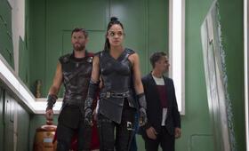 Thor 3: Tag der Entscheidung mit Mark Ruffalo, Chris Hemsworth und Tessa Thompson - Bild 47