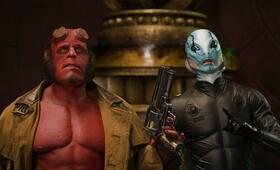 Hellboy II - Die goldene Armee mit Ron Perlman und Doug Jones - Bild 37