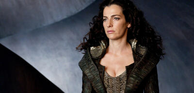 Ayelet Zurer als Lara Lor-Van
