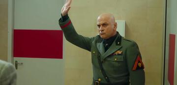 Massimo Popolizio als Mussolini in Sono tornato