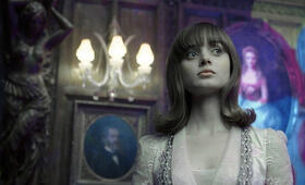 Dark Shadows mit Bella Heathcote - Bild 7