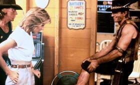 Crocodile Dundee - Ein Krokodil zum Küssen mit Paul Hogan und Linda Kozlowski - Bild 16