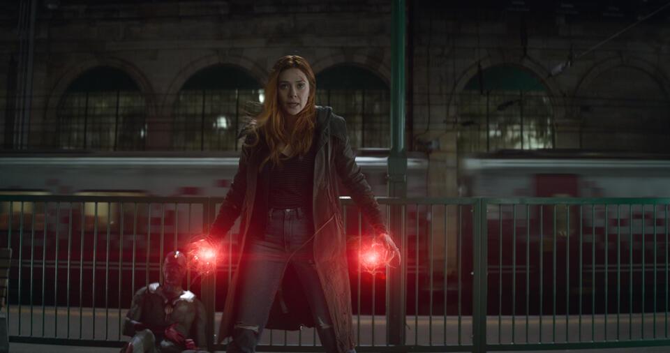 Avengers 3: Infinity War mit Paul Bettany und Elizabeth Olsen