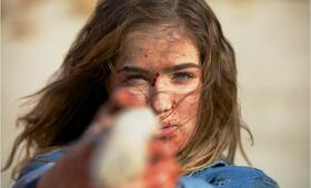 The Last Survivors mit Haley Lu Richardson - Bild 10