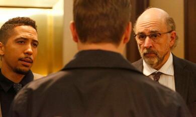 Dirk Gently's Holistic Detective Agency, Dirk Gently's Holistic Detective Agency Staffel 1 - Bild 2