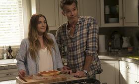 Santa Clarita Diet, Santa Clarita Diet Staffel 1 mit Drew Barrymore und Timothy Olyphant - Bild 27