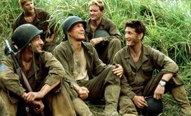 Der schmale Grat mit Woody Harrelson, Sean Penn, Adrien Brody, Dash Mihok und Will Wallace - Bild 6