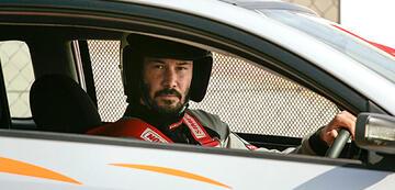Keanu Reeves auf dem ersten Bild zu Rally Car