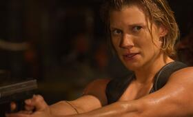 Another Life, Another Life - Staffel 1 mit Katee Sackhoff - Bild 2