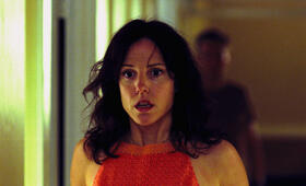 Roter Drache mit Mary-Louise Parker - Bild 7