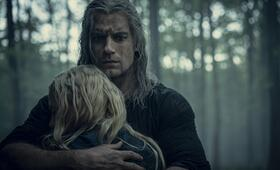 The Witcher, The Witcher - Staffel 1 mit Henry Cavill und Freya  Allan - Bild 11