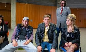 Leberkäsjunkie mit Sebastian Bezzel, Lara Mandoki, Hardy Schwetter und Harry G - Bild 15