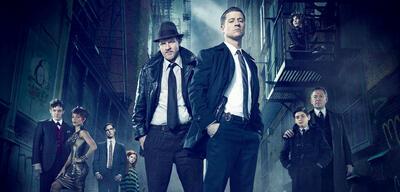 Kostüme? Brauchen wir nicht! Das Gotham-Ensemble in Staffel 1