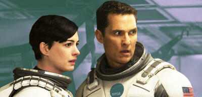 Anne Hathaway und Matthew McConaughey in Interstellar