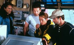 Virus mit Jamie Lee Curtis und William Baldwin - Bild 17