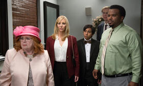Table 19 mit Lisa Kudrow, Craig Robinson, Tony Revolori und June Squibb - Bild 11