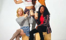 Someone Great mit Brittany Snow, Gina Rodriguez, Jennifer Kaytin Robinson und DeWanda Wise - Bild 2