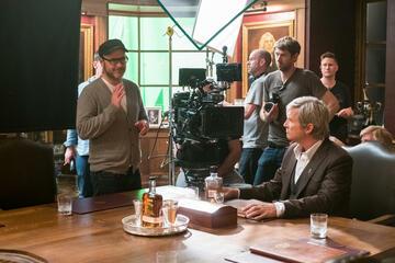 Matthew Vaughn (links) am Set von Kingsman 2 - The Golden Circle