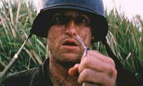 Der schmale Grat mit Woody Harrelson - Bild 12