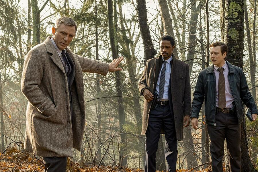 Knives Out mit Daniel Craig, Lakeith Stanfield und Noah Segan