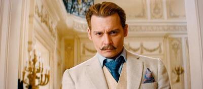 Johnny Depp mit Schnäuzer in Mortdecai