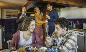 Zimmer mit Stall - Tierisch gute Ferien mit Alexander Beyer, Aglaia Szyszkowitz, David Baalcke und Amelie Plaas-Link - Bild 5